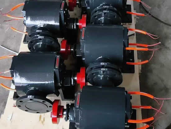 Electrical heating bitumen gear pump